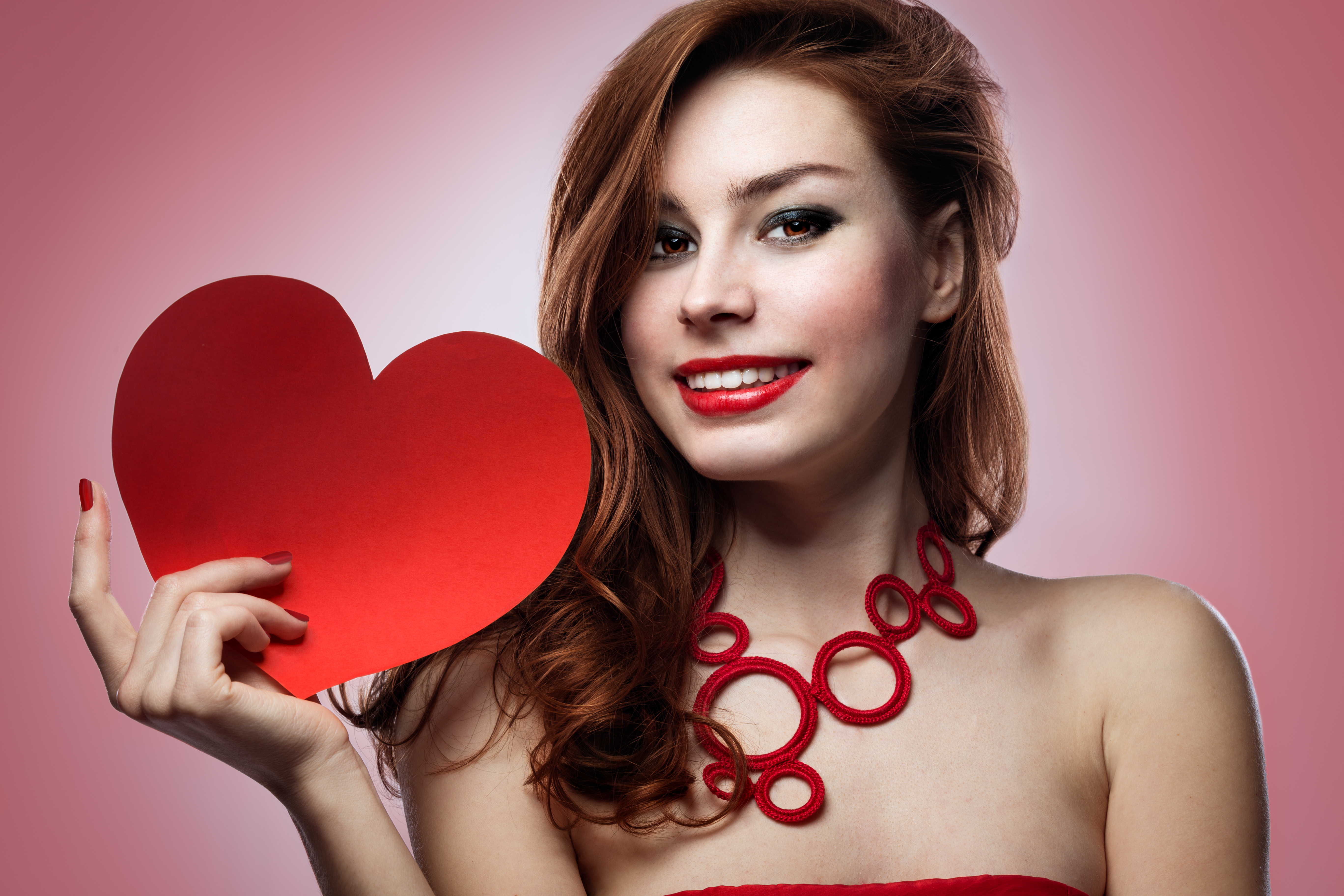 Make up and Hairstyle Ideas for Valentines Day