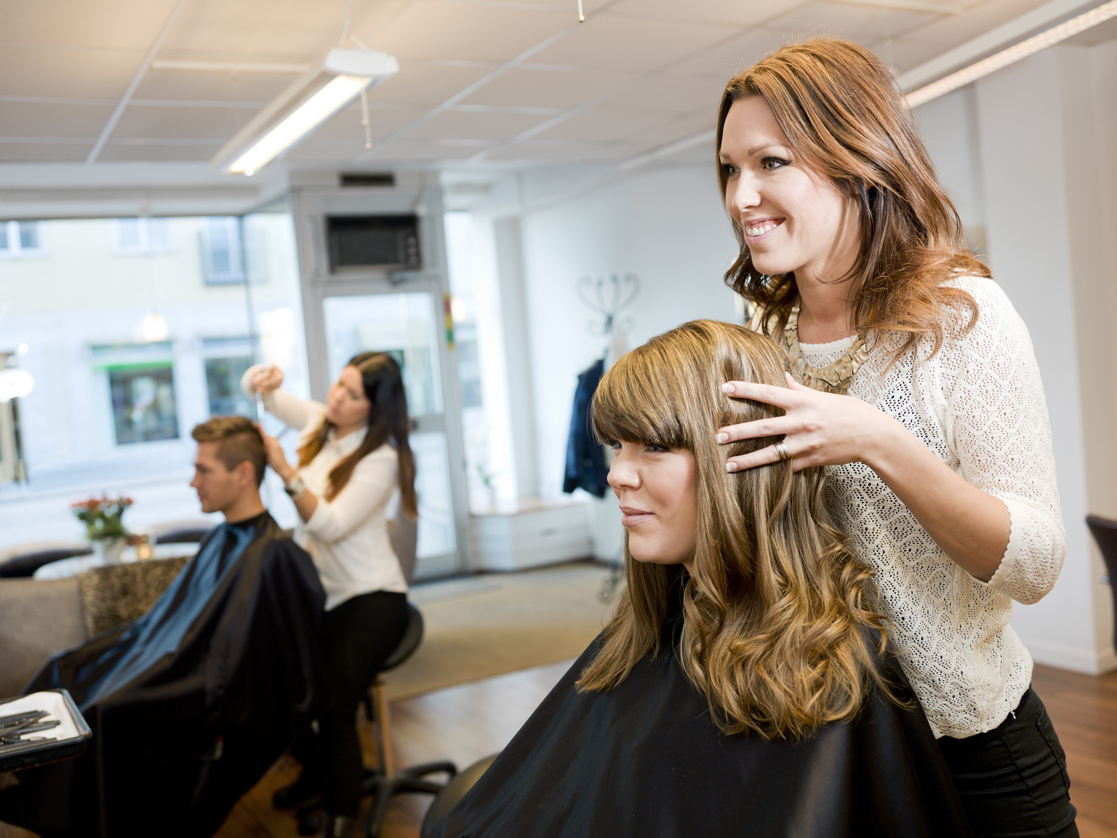 Beauty Industry Booming With Independent Contractors