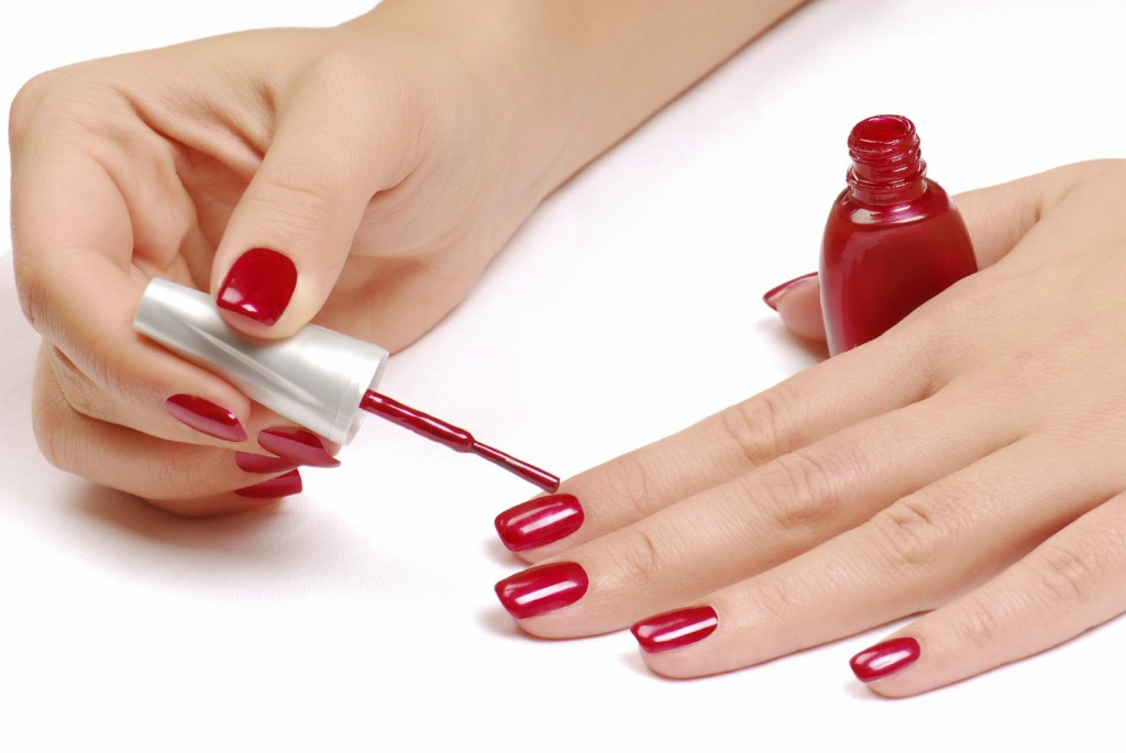 How to Apply Nail Polish to Paint Your Nails like a Pro