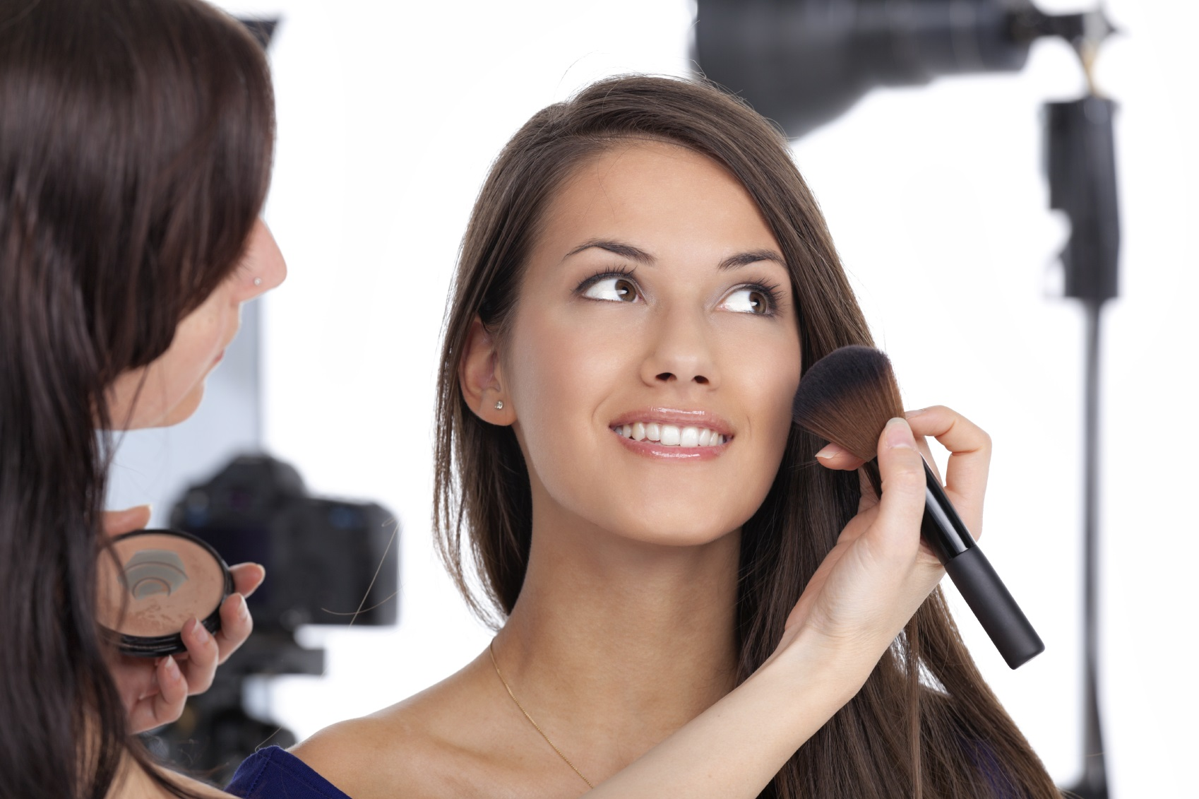 5 Steps to Become a Professional Makeup Artist