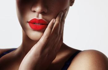beauty trend of matte lipstick