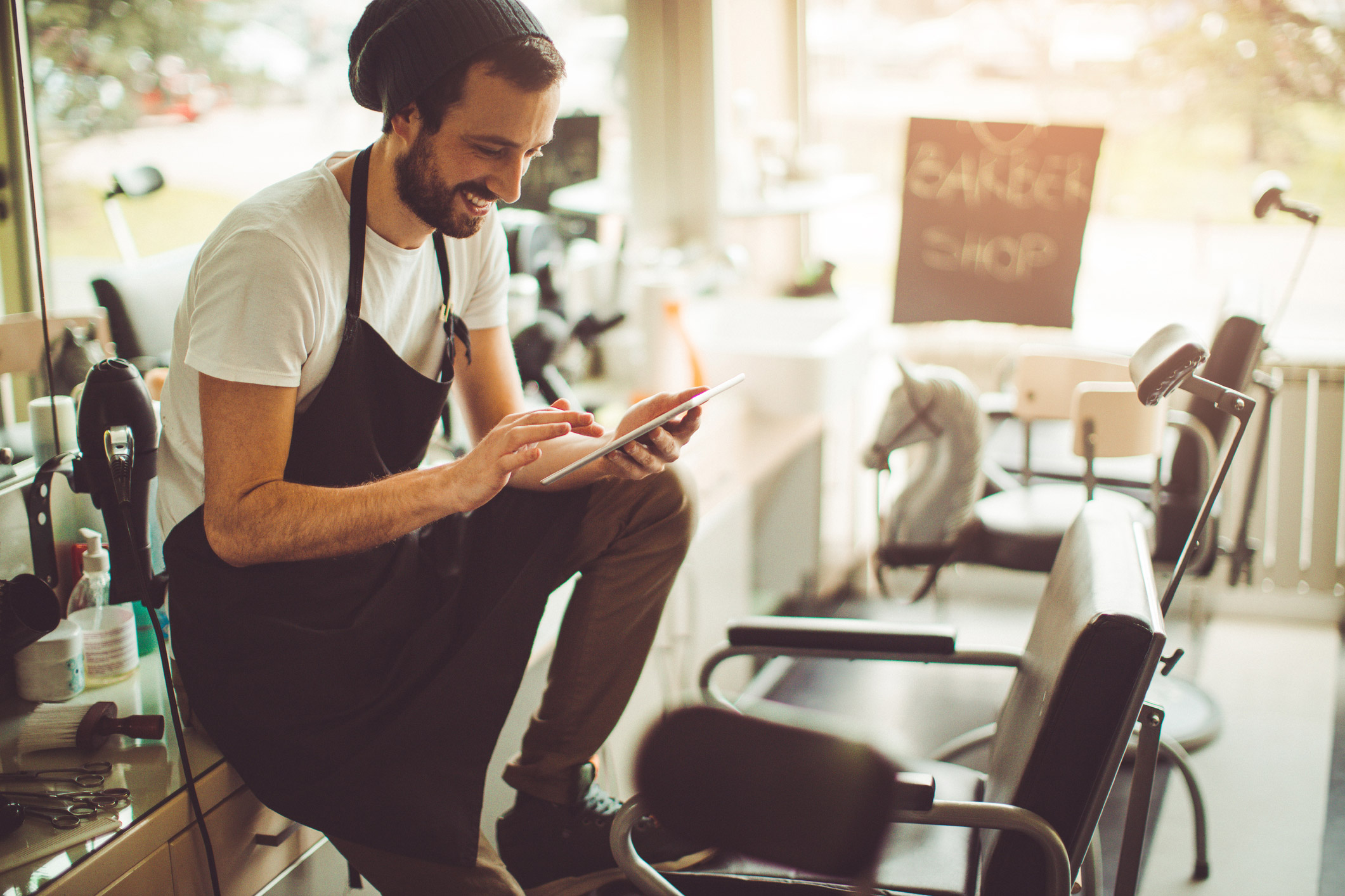 How to expand your education with an externship salon for Salon success