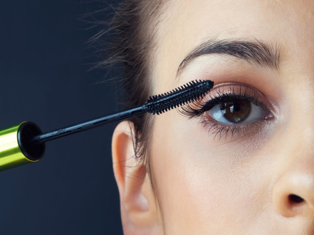 Mascara tips from Salon Success Academy
